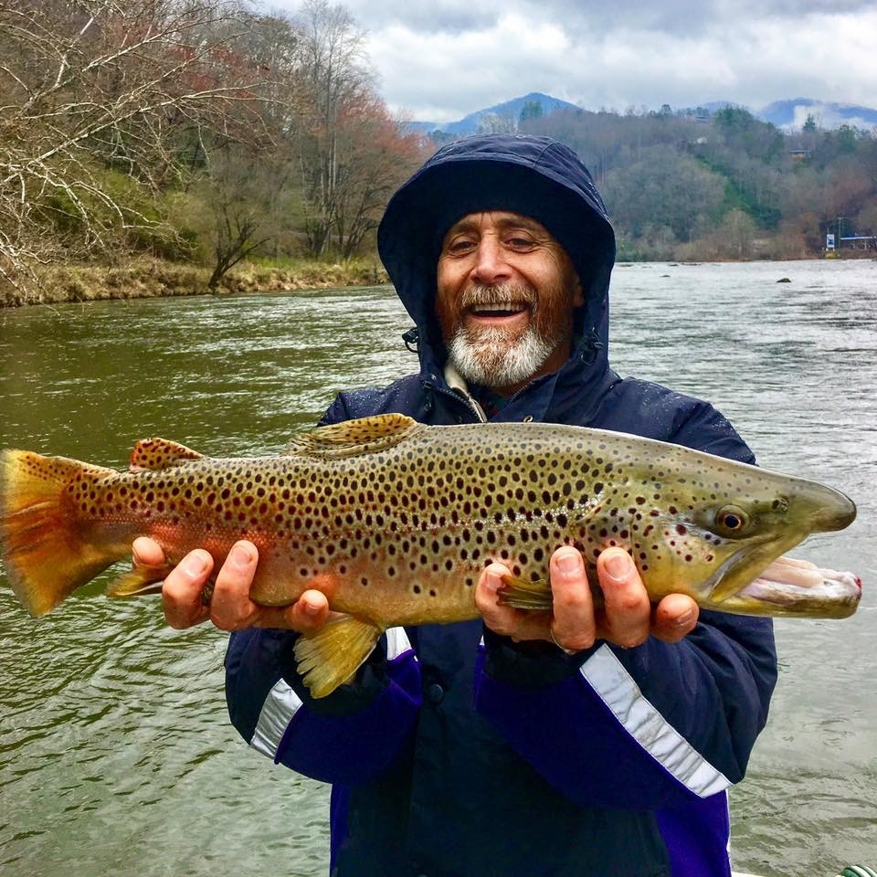 Fly fishing guides smoky mountains gatlinburg sevierville for Tennessee trout fishing